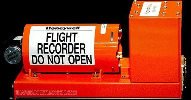 Tác dụng của hộp đen máy bay là gì
